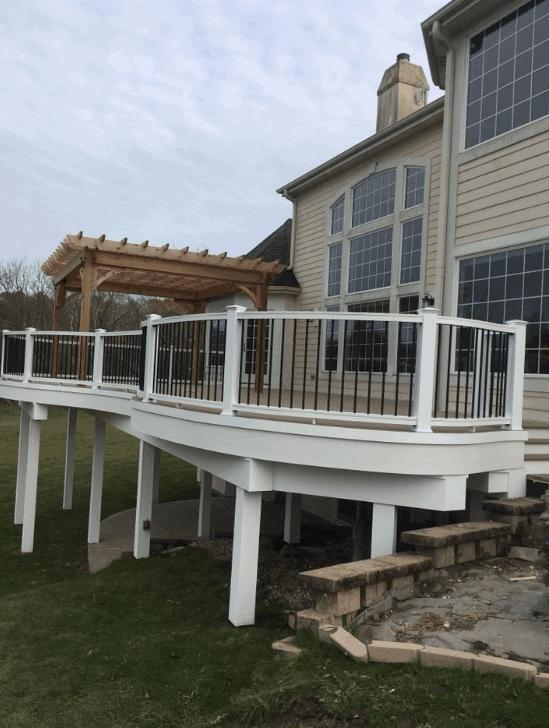 Deck Installation Waukesha | Deck Construction | Paradise Builders